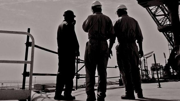 Pracownicy są poszukiwani przez firmy (fot. flickr.com/ mehdi_kavei)