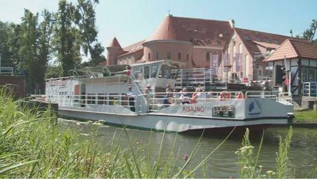 Popłyń w rejs z Fundacją Ochrony Wielkich Jezior Mazurskich i TVP