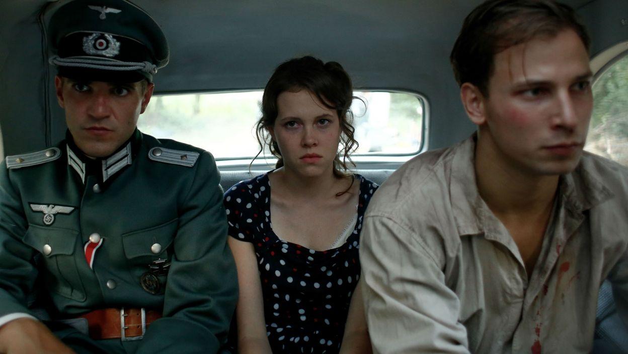 … Kamil i Irka! Do informacji o tożsamości zatrzymanych dotarła Marysia. Akcja odbicia przyjaciół napiera tempa (fot. TVP)