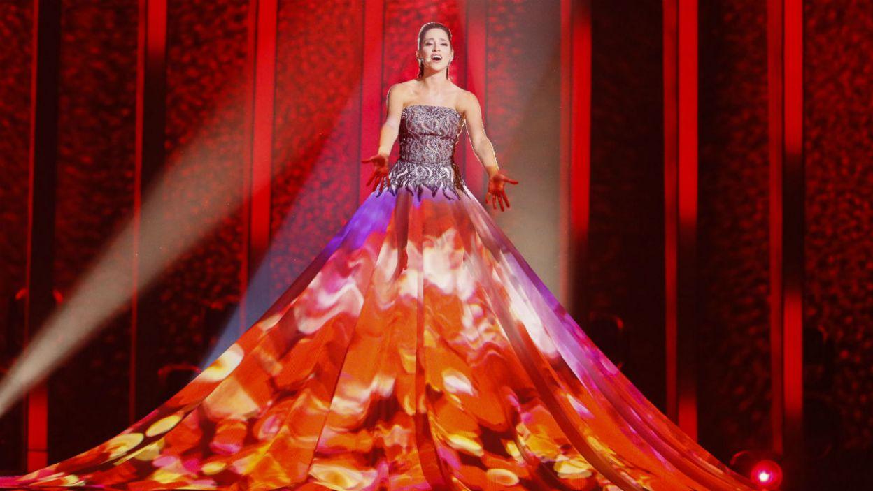 Elina Nechayeva olśniła publiczność nie tylko swoim utworem, ale też kreacją! (fot. Andreas Putting/eurovision.tv)