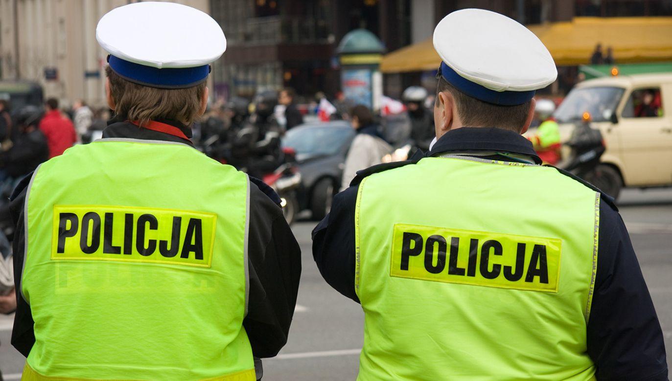 Pracę policji pozytywnie oceniło 68 proc. respondentów (fot. Shutterstock/Rafal Olechowski)