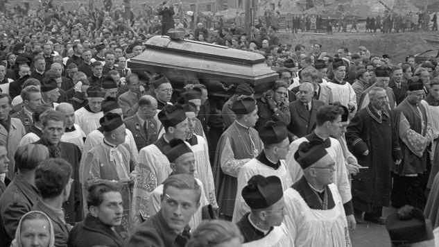 Pogrzeb prymasa Augusta Hlonda (fot. arch. PAP/CAF)