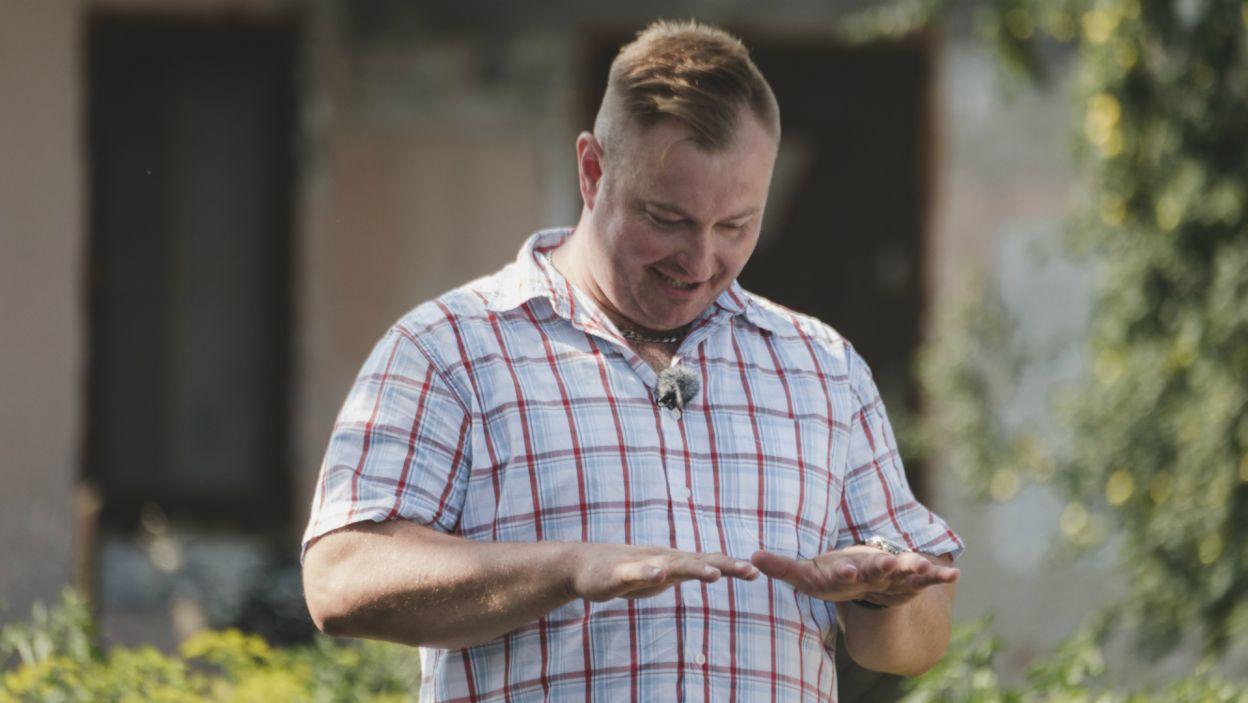 Nic dziwnego, że stres i drżenie rąk mogło dopaść każdego. Teraz to gospodarstwa rolników zostaną poddane ocenie (fot. TVP)