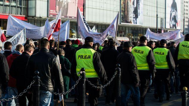 Sobotnie marsze zablokują w Warszawie wiele ulic (fot. tvp.info/Piotr Król)