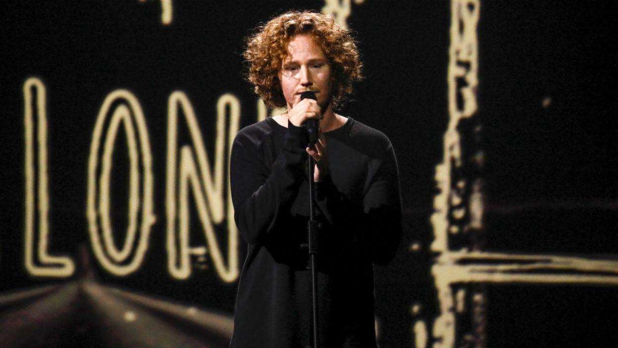 """Niemcy postawili w tym roku na popową balladę """"You Let Me Walk Alone"""". Michael Schulte spodobał się widzom? (fot. Andreas Putting/eurovision.tv)"""
