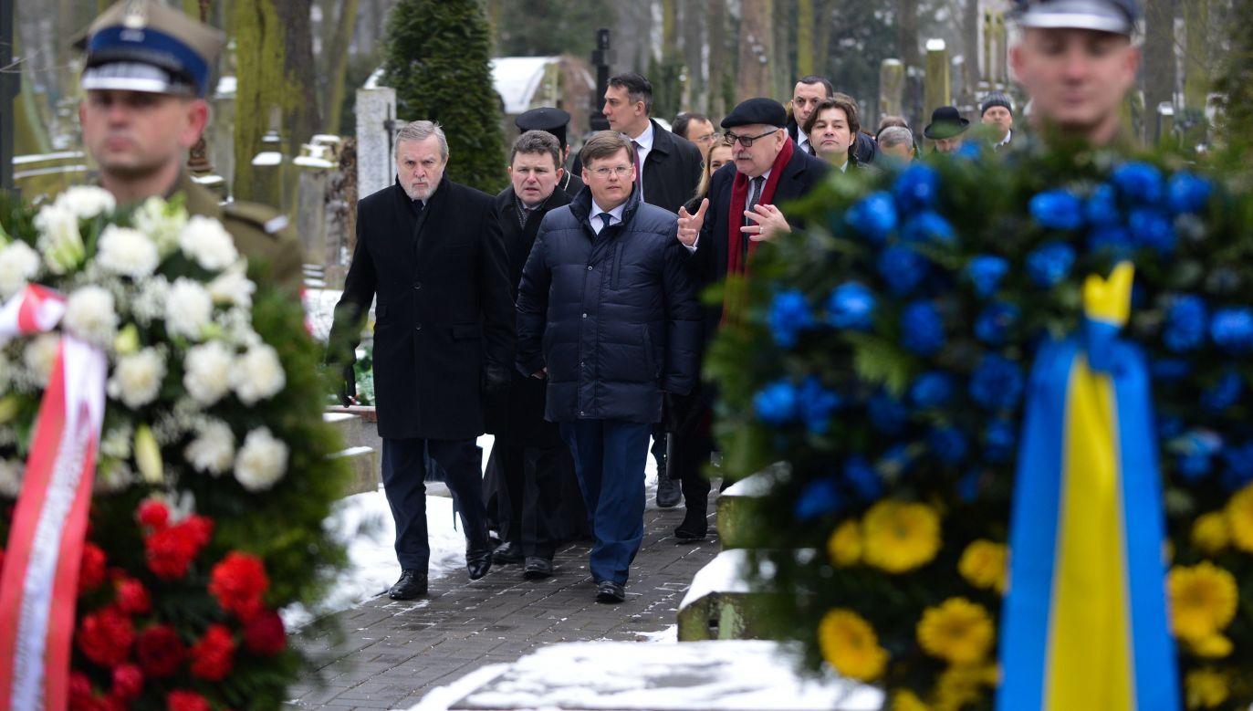 Wiosną 2017 r. ukraiński IPN zakazał poszukiwań i ekshumacji szczątków polskich ofiar wojen i konfliktów na terytorium Ukrainy  (fot. PAP/Jakub Kamiński)