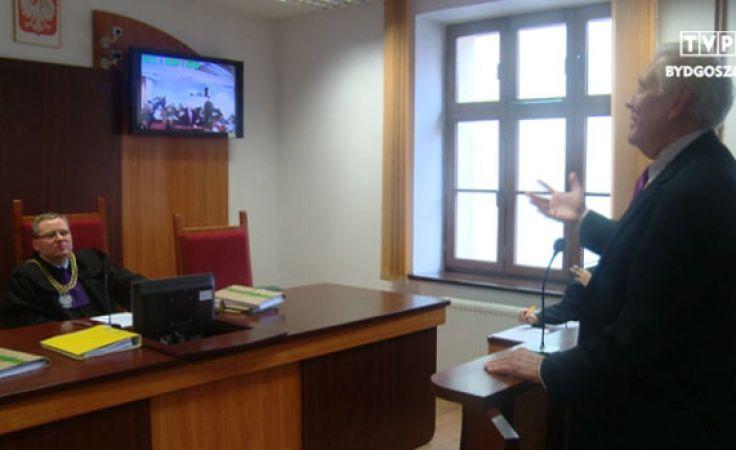 Dr Cameron pozwał toruńskie stowarzyszenie