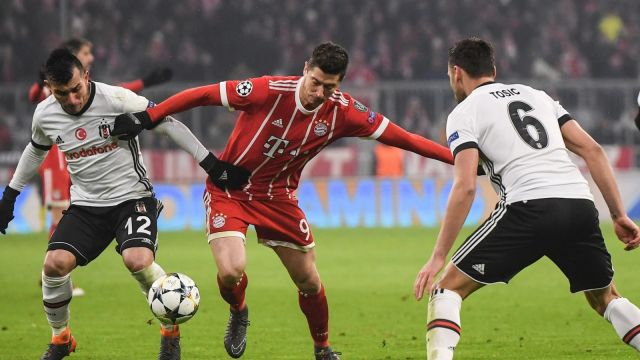 Bayern bez  litości.