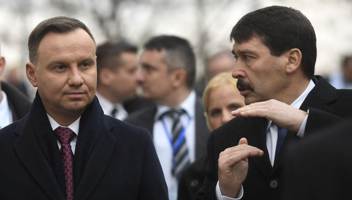 Prezydenci Polski i Węgier (fot. PAP/EPA/TAMAS KOVACS)