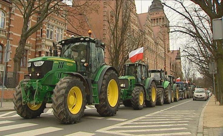 Traktory znów na ulicach