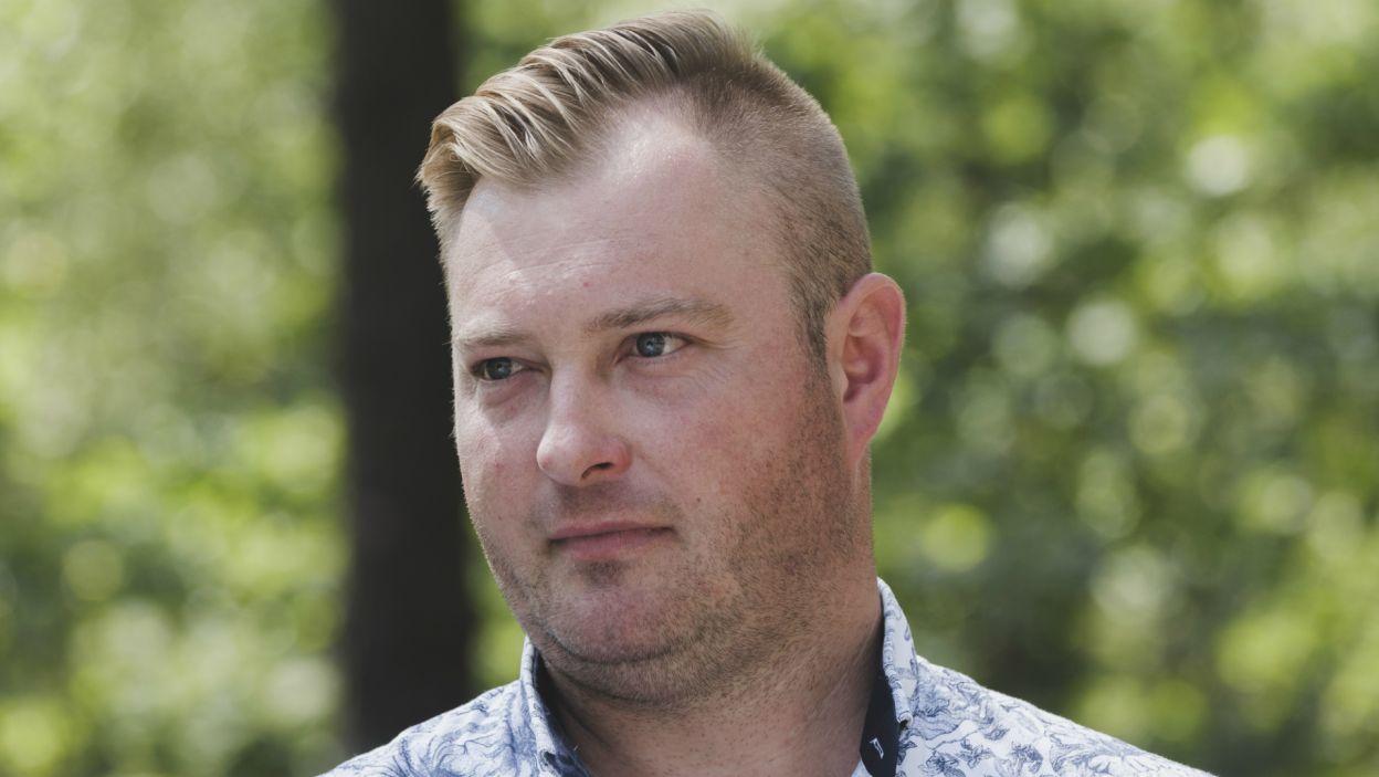 Sytuacja w domu Łukasza również staje się coraz bardziej przejrzysta. Rolnik postanowił pożegnać się z jedną z kandydatek... (fot. TVP)