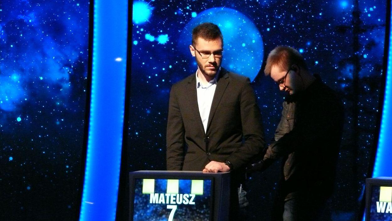 Pan Mateusz przygotowuje się do nagrania 11 odcinka 99 edycji