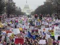 """""""Marsz miliona kobiet"""" przeciwko deklaracjom Trumpa. Protesty w USA"""