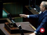 """""""Niszczycie fundamenty wolności"""". Sejm uchwalił ustawę o Sądzie Najwyższym"""