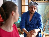 – Kto to jest, kto krzywdzi moją siostrę i Kaszuba to wie. I to nie jest Radecki? – brat martwi się o Sylwię (fot. TVP)
