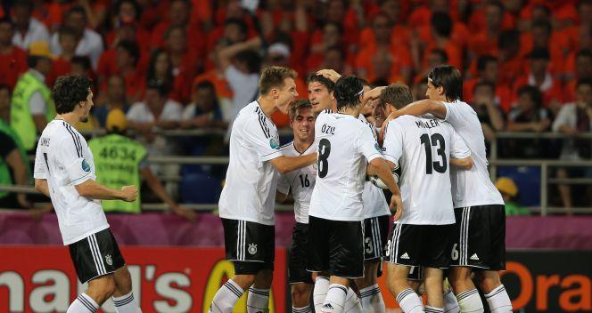 Radość niemieckich piłkarzy po pierwszej bramce (fot. Getty Images)