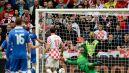 Andrea Pirlo trafia do siatki z rzutu wolnego (fot. Getty Images)