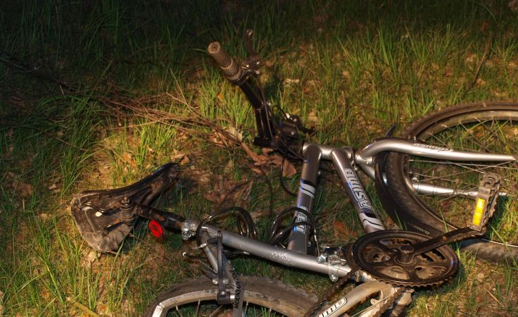 Rowerzysta zginął na miejscu (fot. KMP Toruń)