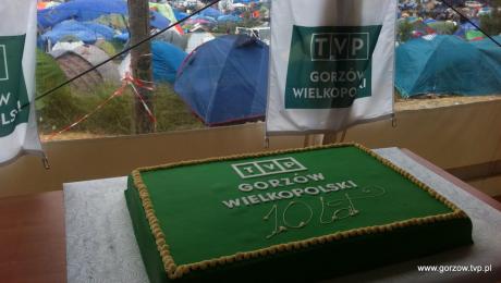 Tort i kilkaset tysięcy osób na urodzinach TVP Gorzów
