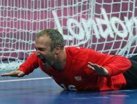 Bramkarz reprezentacji Francji Thierry Omeyer po finałowym meczu w Londynie (fot. Getty Images)