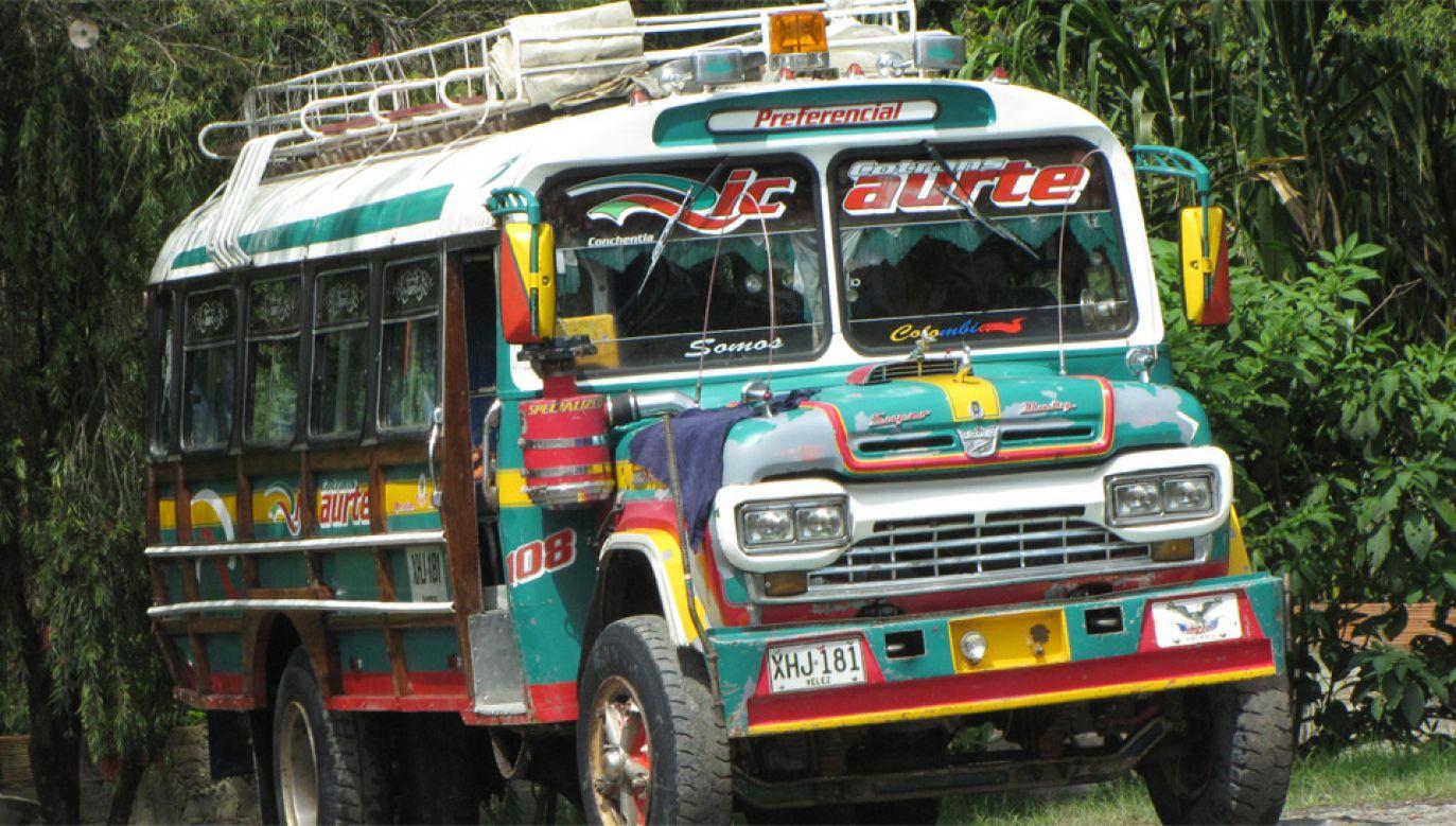 "Autobusy typu ""chiva"" są jednym z symboli Kolumbii (fot. Flickr/Pat Ossa)"