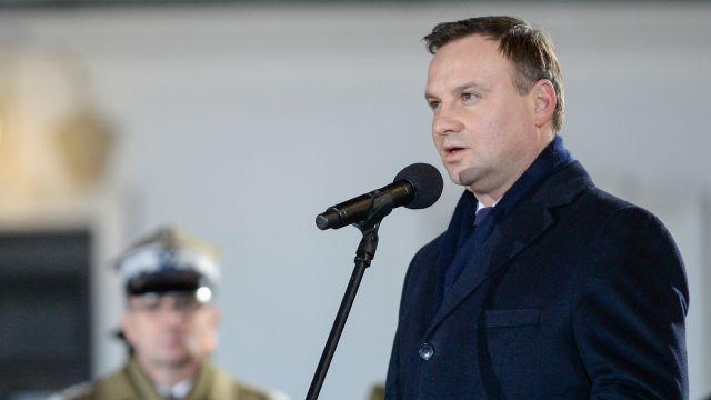 Prezydent Duda skierował do Sejmu projekty w sprawie obniżenia wieku emerytalnego i większej kwoty wolnej od podatku