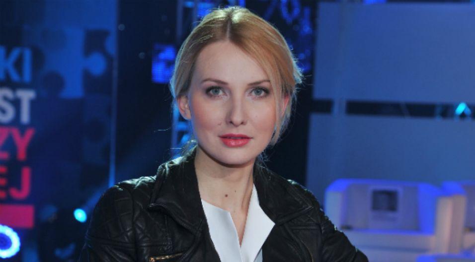 """W 2013 roku  jubileuszową galę """"Opole! Kocham Cię!"""" prowadziła Joanna Moro, odtwórczyni roli Anny German (fot. TVP)"""
