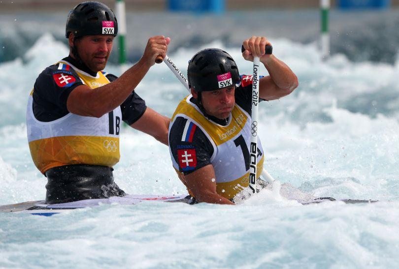 Zdobywcy brązowego medalu w C2 Pavol Hochschorner i Peter Hochschorner (fot. Getty Images)