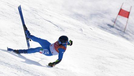 Groźny upadek Włocha w slalomie gigancie