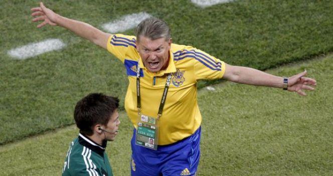 Oleg Błochin miał pretensje do sędziów za nieuznanie gola strzelonego przez Marco Devica (fot. PAP/EPA)