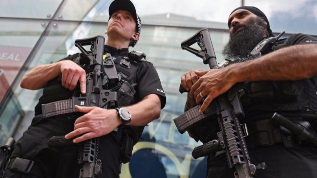 Najwyższy stopień zagrożenia terrorystycznego w Wielkiej Brytanii (fot. PAP/EPA/ANDY RAIN)