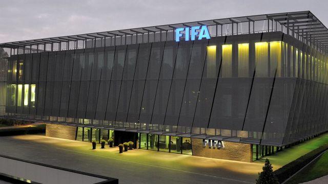 FIFA – śmierć i podatki. Komentarz Iwańskiego