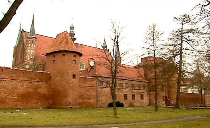 Archidiecezja Warmińska otrzyma po 30 tys. zł na konserwację trzech rzeźb przechowywanych w skarbcu katedry we Fromborku