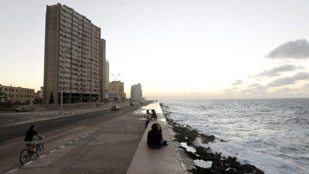 Kuba ociepliła relacje z USA (fot. PAP/EPA/Ernesto Mastrascusa)
