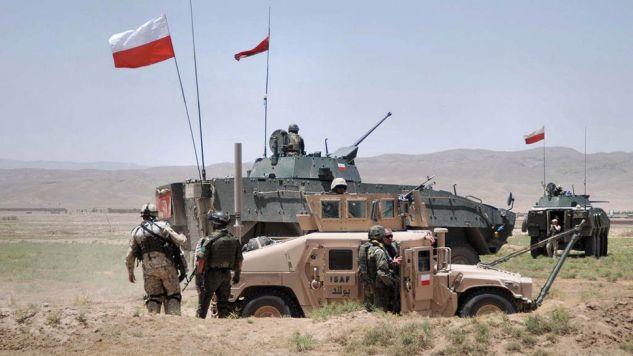 Żołnierze Polskiego Kontyngentu Wojskowego w Afganistanie (fot. Ministerstwo Obrony Narodowej - www.isaf.wp.mil.pl)