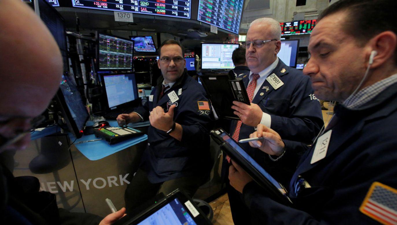 Wskaźniki amerykańskiej gospodarki się poprawiają (fot. Reuters/Andrew Kelly)