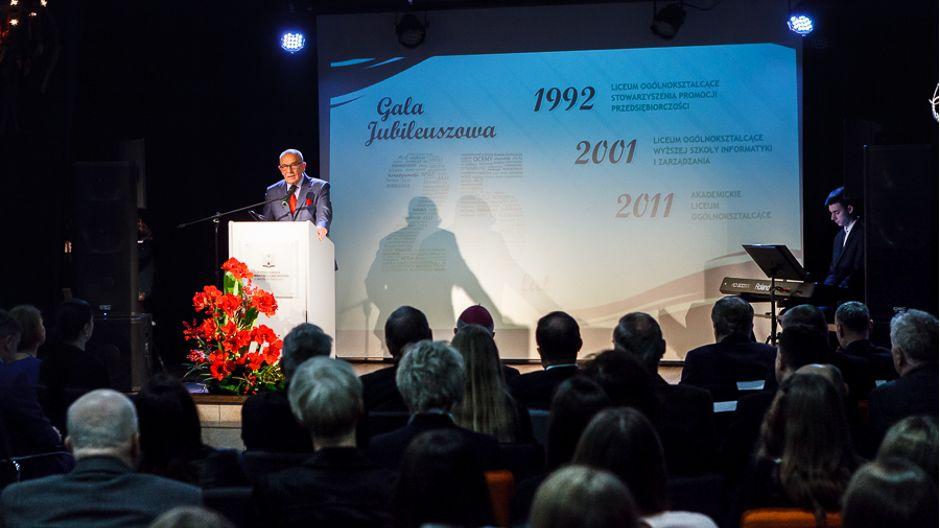 19.  Fot. Akademickie LO w Rzeszowie