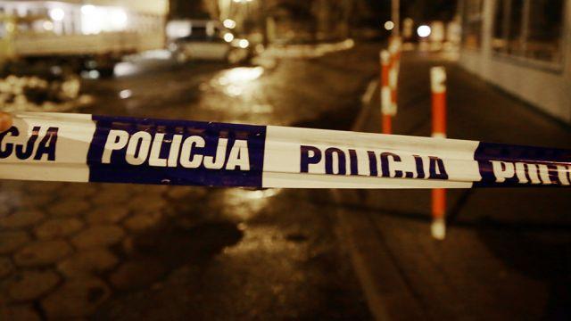Strzelanina w Warszawie. Trwa obława na uzbrojonego mężczyznę