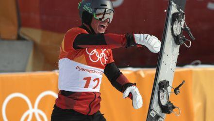 Szwajcar Nevin Galmarini ze złotym medalem  w slalomie gigancie [wideo]