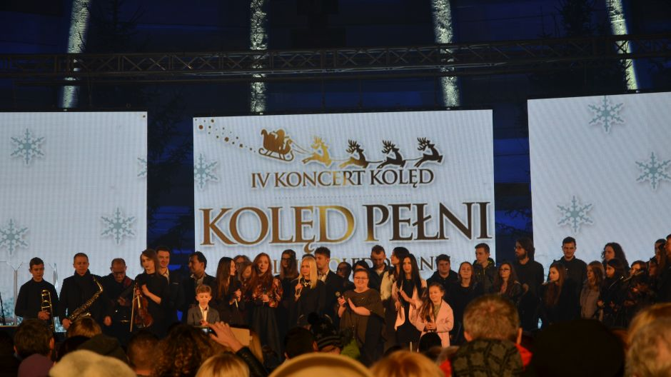 """Realizacja koncertu """"Kolęd Pełni – Wielkie Kolędowanie"""", Kalisz , 21.12.2017"""