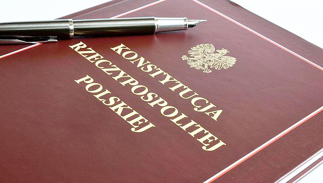 Polacy w referendum mają zdecydować, czy i w jakich obszarach należałoby zmienić obecną konstytucję (fot. PZG)