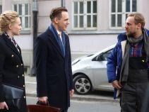 Krzysiek spotyka siostrę i Marcina, którym zarzuca, że się ze sobą przespali (fot. Olga Grochowska/TVP)