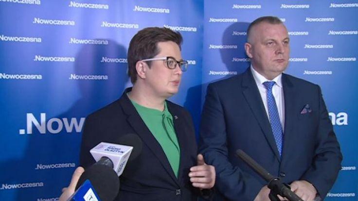 Katarzyna Lubnauer i Mirosław Pampuch podczas konferencji w Olsztynie