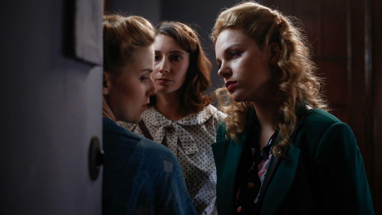 – Nie miałam wyjścia. Grozili, że zabiorą moją mamę – Zuzia przyznaje dziewczynom, że wydała Irkę Niemcom (fot. TVP)