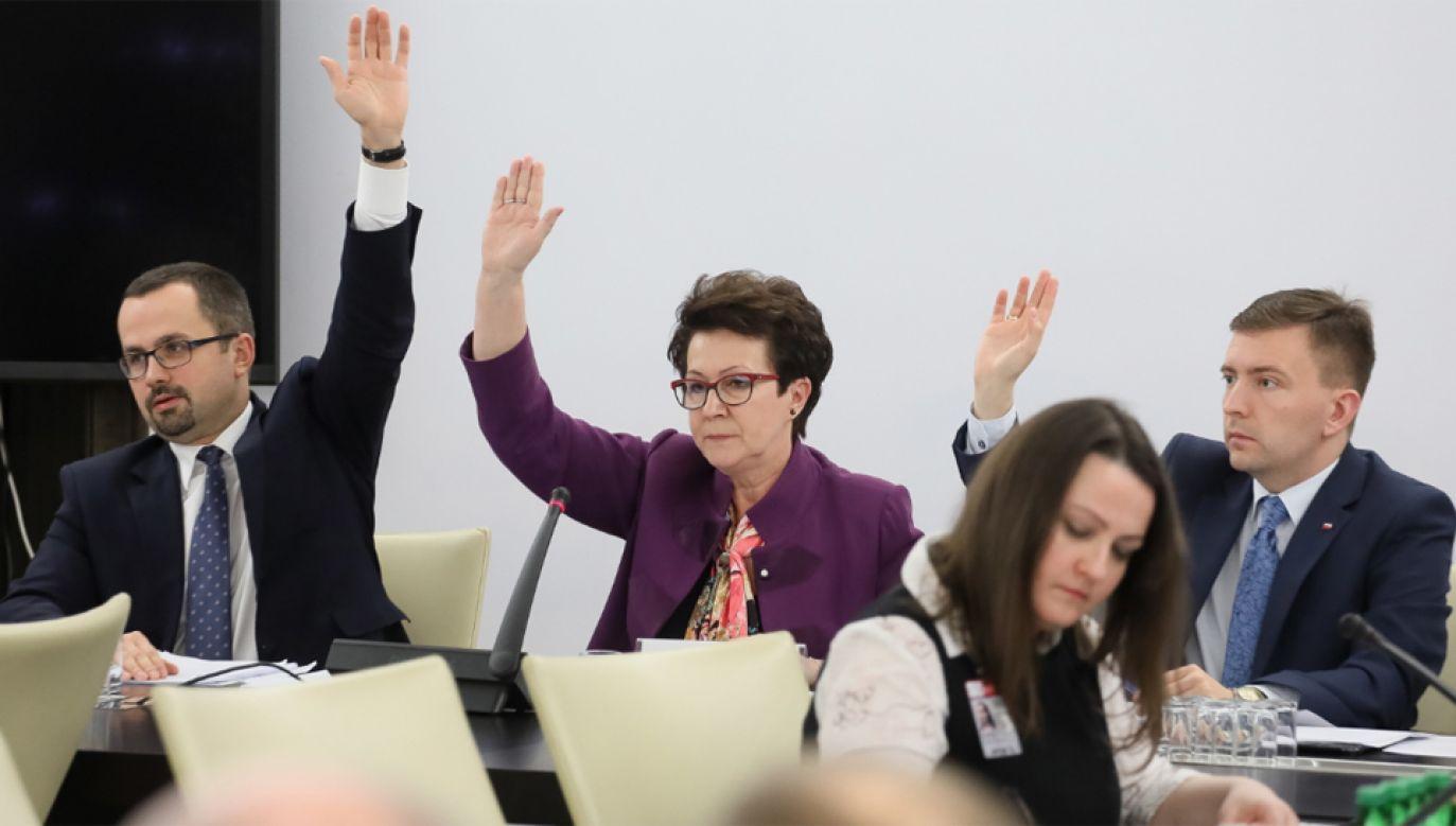 Komisja nadzwyczajna od zeszłego tygodnia rozpatruje projekt zmian w Kodeksie wyborczym (fot. PAP/Paweł Supernak)