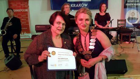 Małgorzata Winkiel-Skóra (z lewej) została uhonorowana medalem Paul Harris Fellow