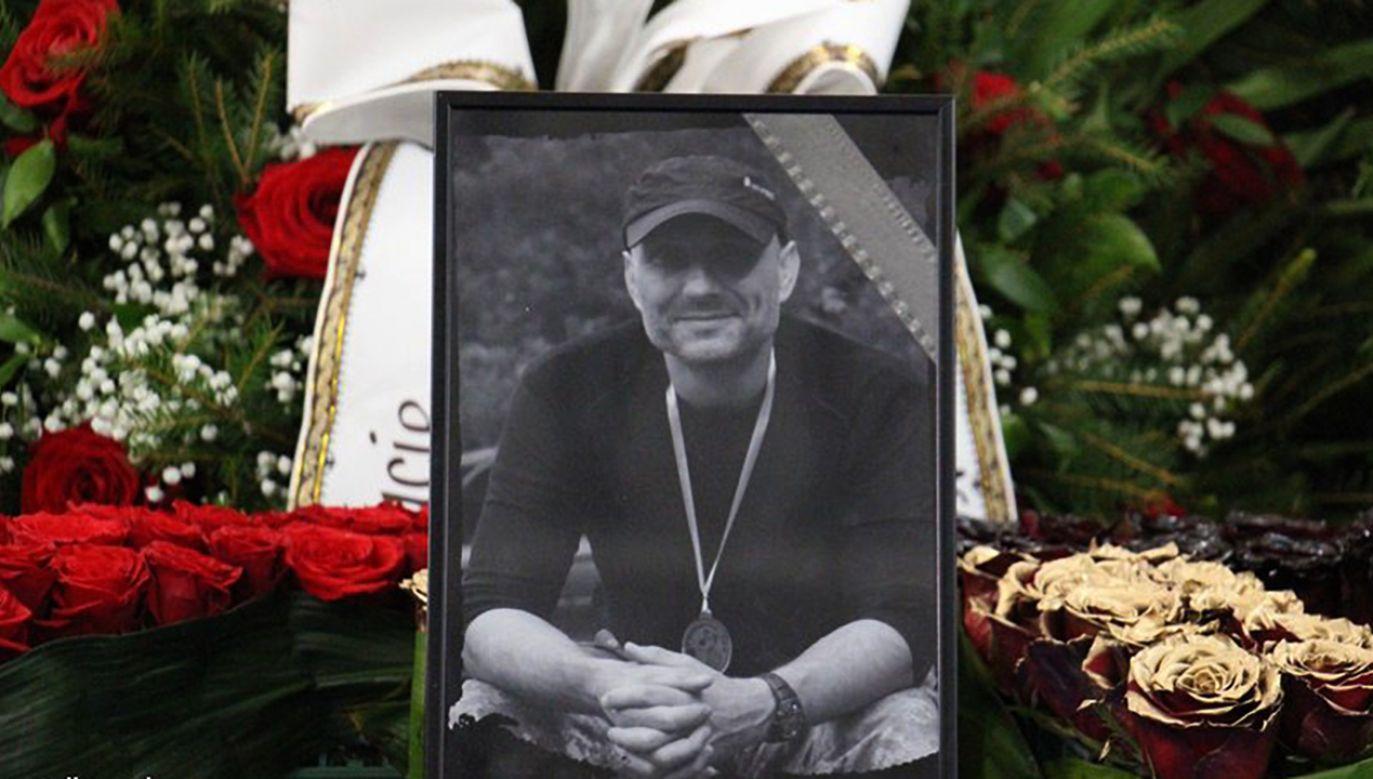 9 grudnia 2017 r. odbyły się uroczystości pogrzebowe podkom. Mariusza Koziarskiego, funkcjonariusza Samodzielnego Pododdziału Antyterrorystycznego Policji we Wrocławiu, który zginął na służbie podczas akcji zatrzymania niebezpiecznych przestępców. (fot. policja.pl)