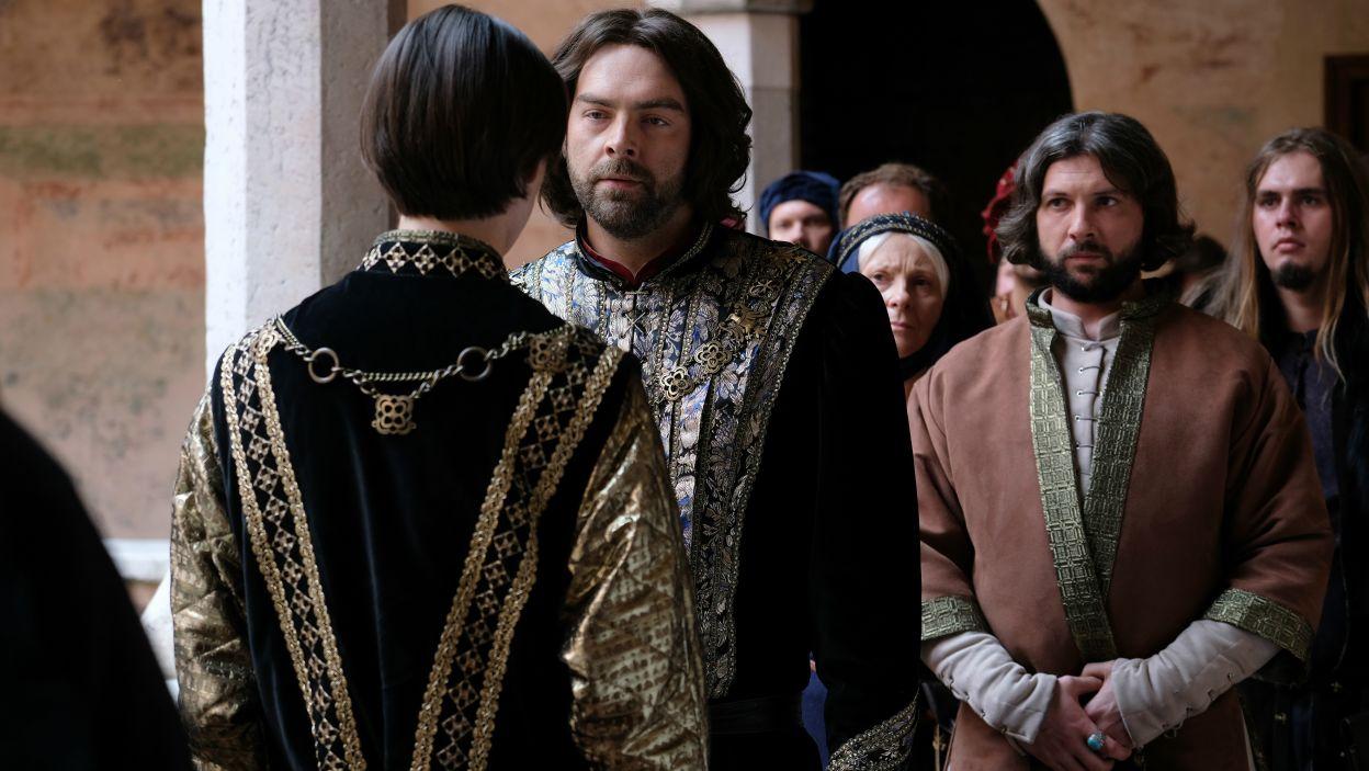– Kazimierz Wielki to rola, którą można porównać do bohaterów największych dramatów angielskich. – mówi o swoim bohaterze Andrzej Hausner (fot. M. Makowski/TVP)