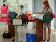 Viga przygotowuje stolik z najmodniejszymi torebkami na jesień 2013