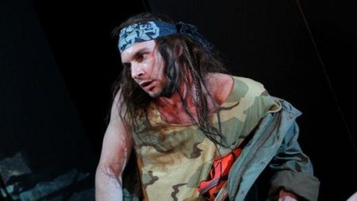 """Spektakl """"Sceny z Nowego Świata"""" odbędzie się w piątek o godzinie 18.00 w Teatrze im. Stefana Jaracza w Olsztynie."""
